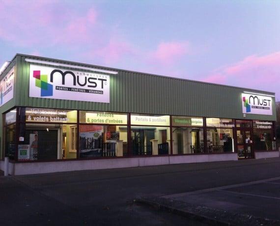 Le magasin d'expo portails, clôtures et claustras CHARUEL de Saint-Quentin (02)