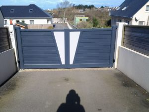Installation par Oriance d'un portail aluminium funck