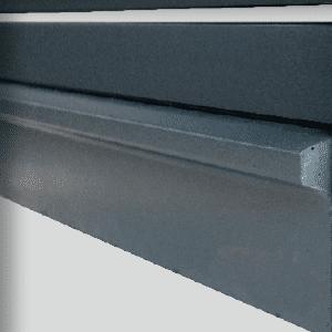http://zoom-soubassement-beton-laque-stradal-claustra-alu