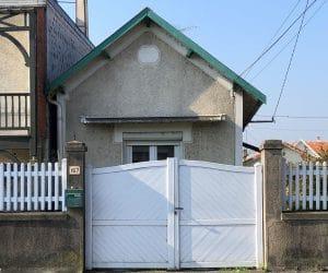 Ancien-portail-en-PVC-à-Angouleme