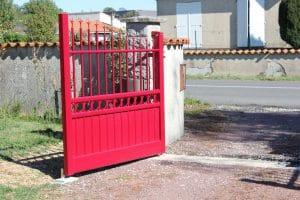 Battant de portail à Gensac la pallue