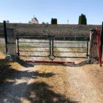 Ancien portail client côté cimetière