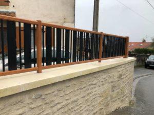 Finitions clôture en aluminium à Asnières sur Nouère